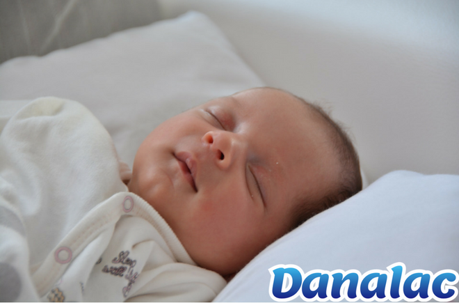 infant Formula baby sleeping